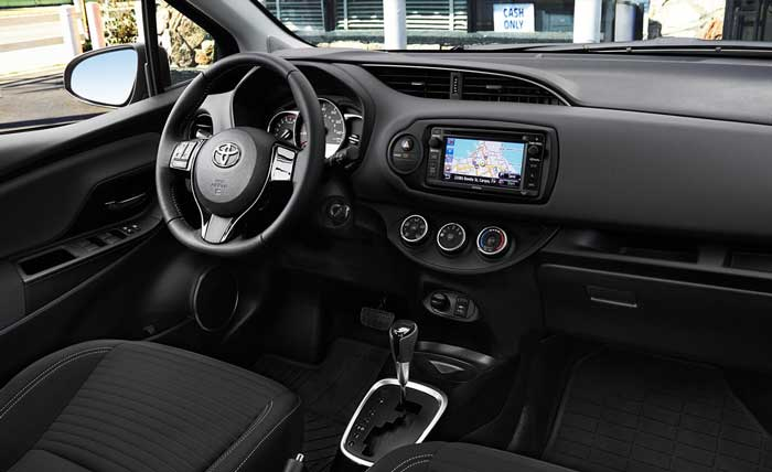Toyota Yaris 2016 interior design