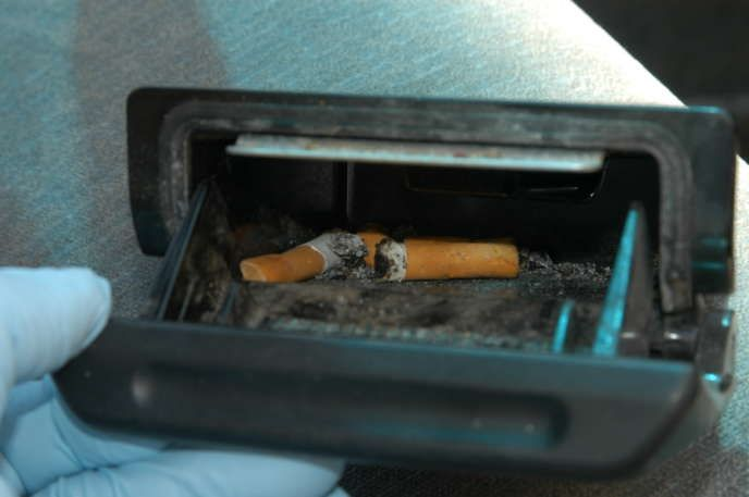 Clean the ashtray regularly