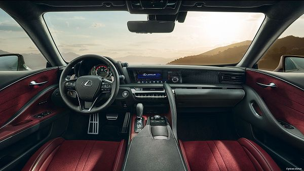 Interior of Lexus LC 2018