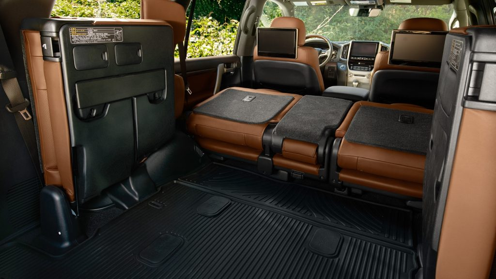 Interior of the 2018 Toyota Land Cruiser