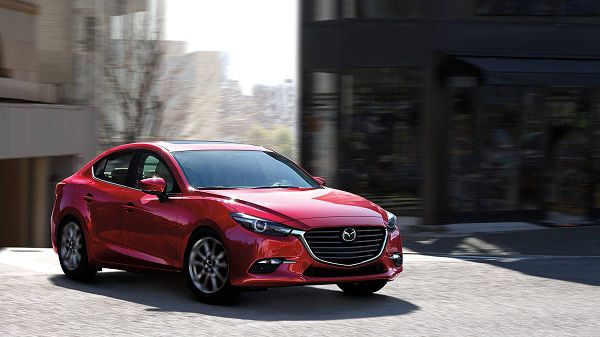Exterior of the 2018 Mazda3