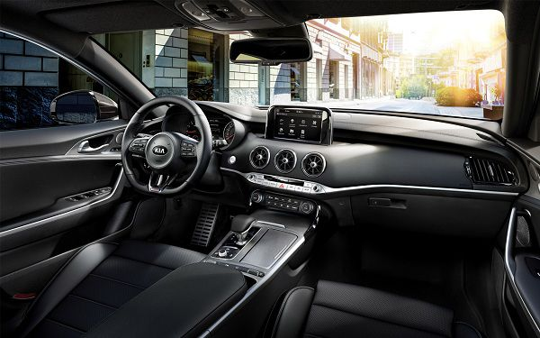 Interior of the 2018 Kia Stinger