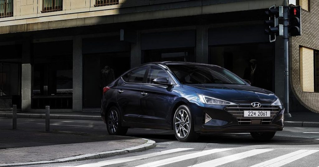 exterior-of-the-hyundai-elantra